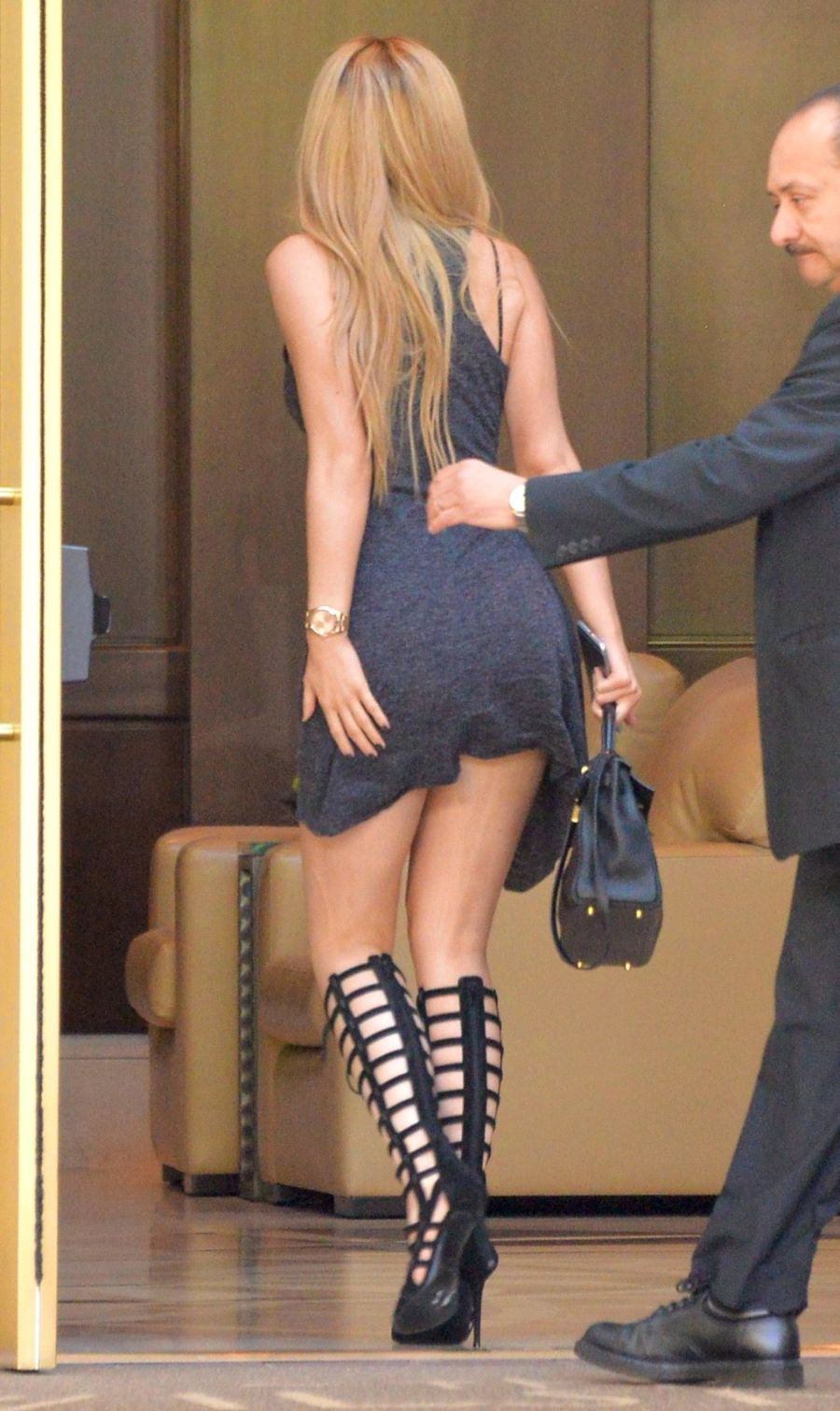 Kylie Jenner Entering a Hotel in Los Angeles