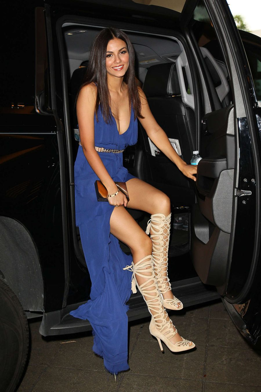 Victoria Justice - Venice Magazine Cover Party