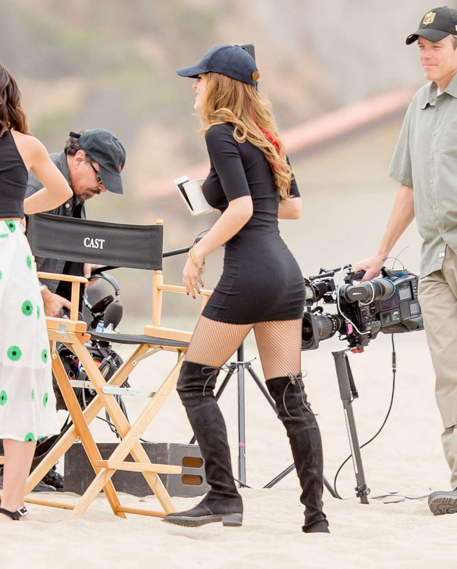 Bella Thorne in Black on the Set of 'You Get Me'