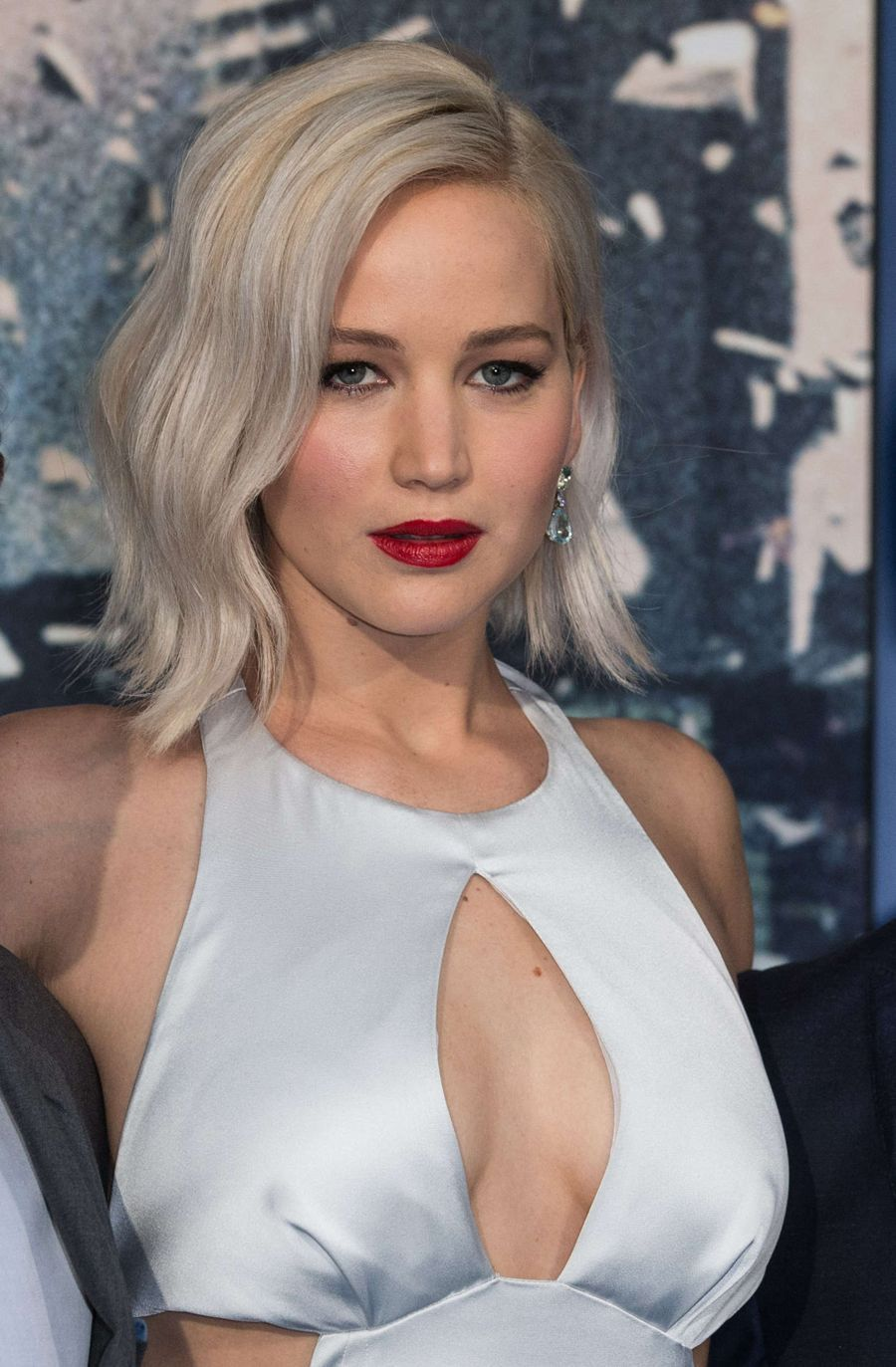 Jennifer Lawrence - 'X-Men Apocalypse' Premiere in London