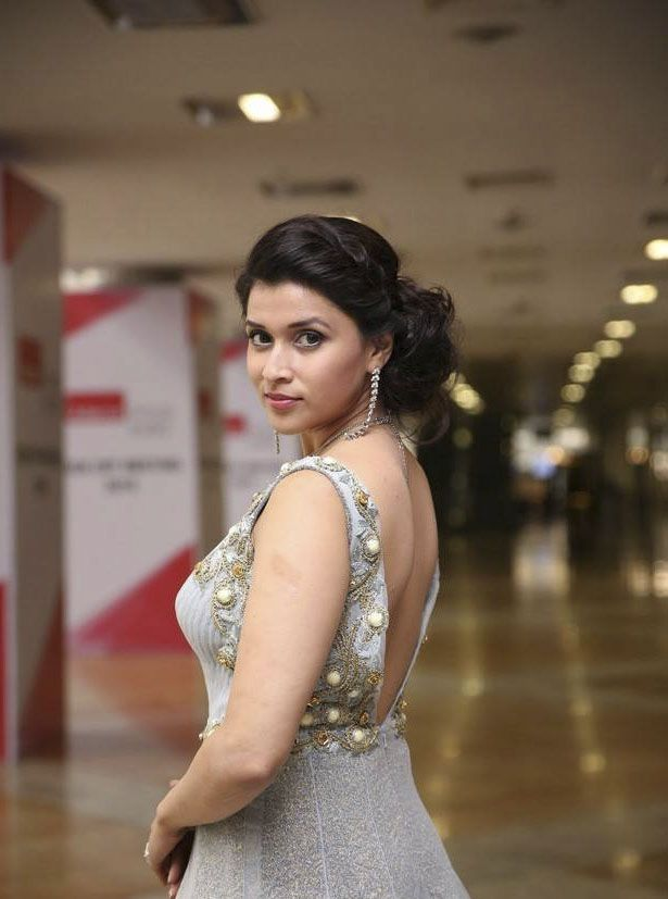 Mannara Chopra Stills At Hi Life Exhibition launch