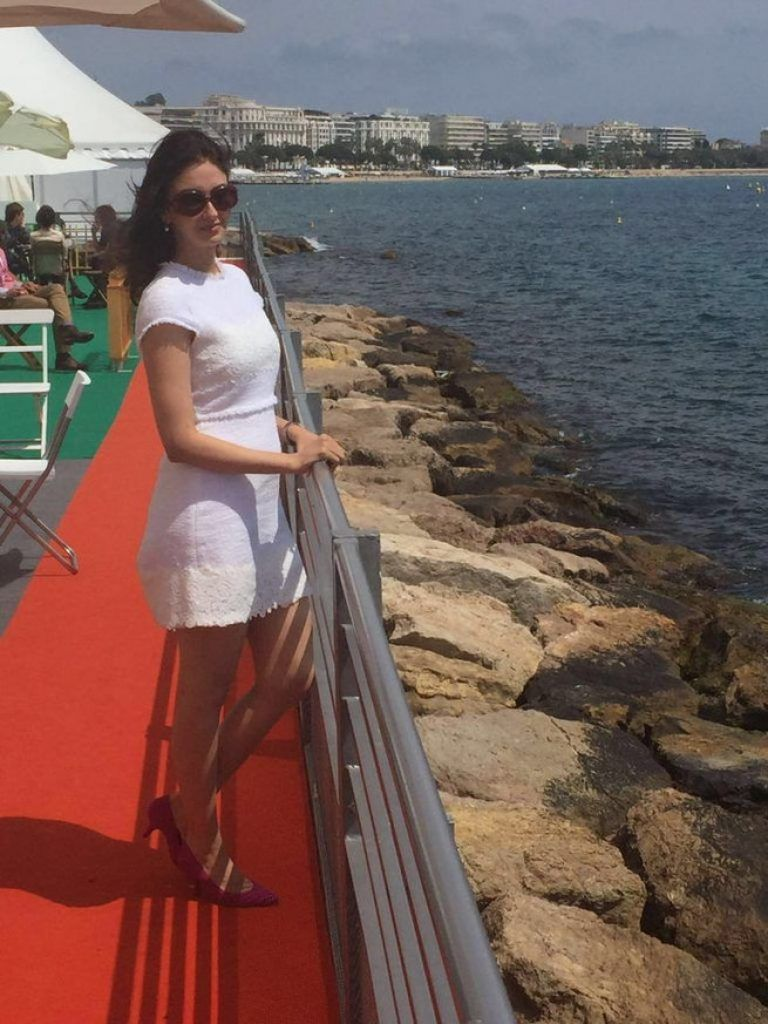"Saumya Tandon ""Bhabiji"" Looks Ravishing at Cannes 2016"