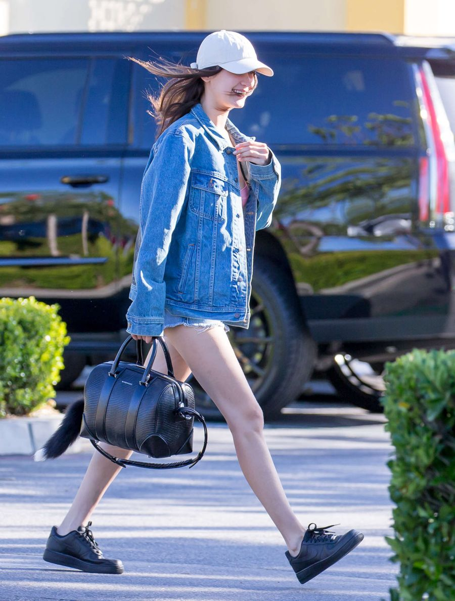 Bella Hadid - Leaving The Commons in Calabasas