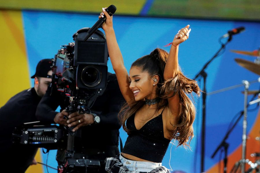 Ariana Grande - Performs at Good Morning America