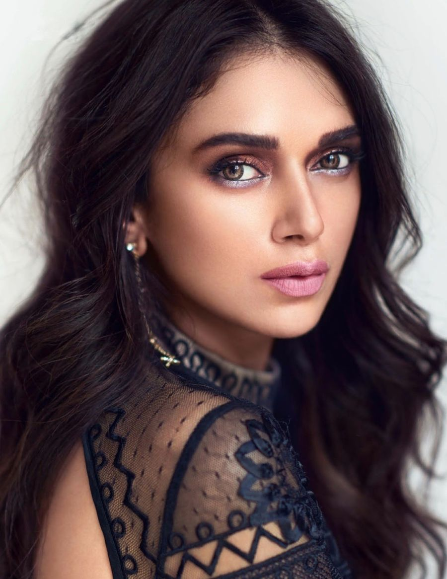 Aditi Rao Hydari - Vogue India Magazine (Nov 2016)