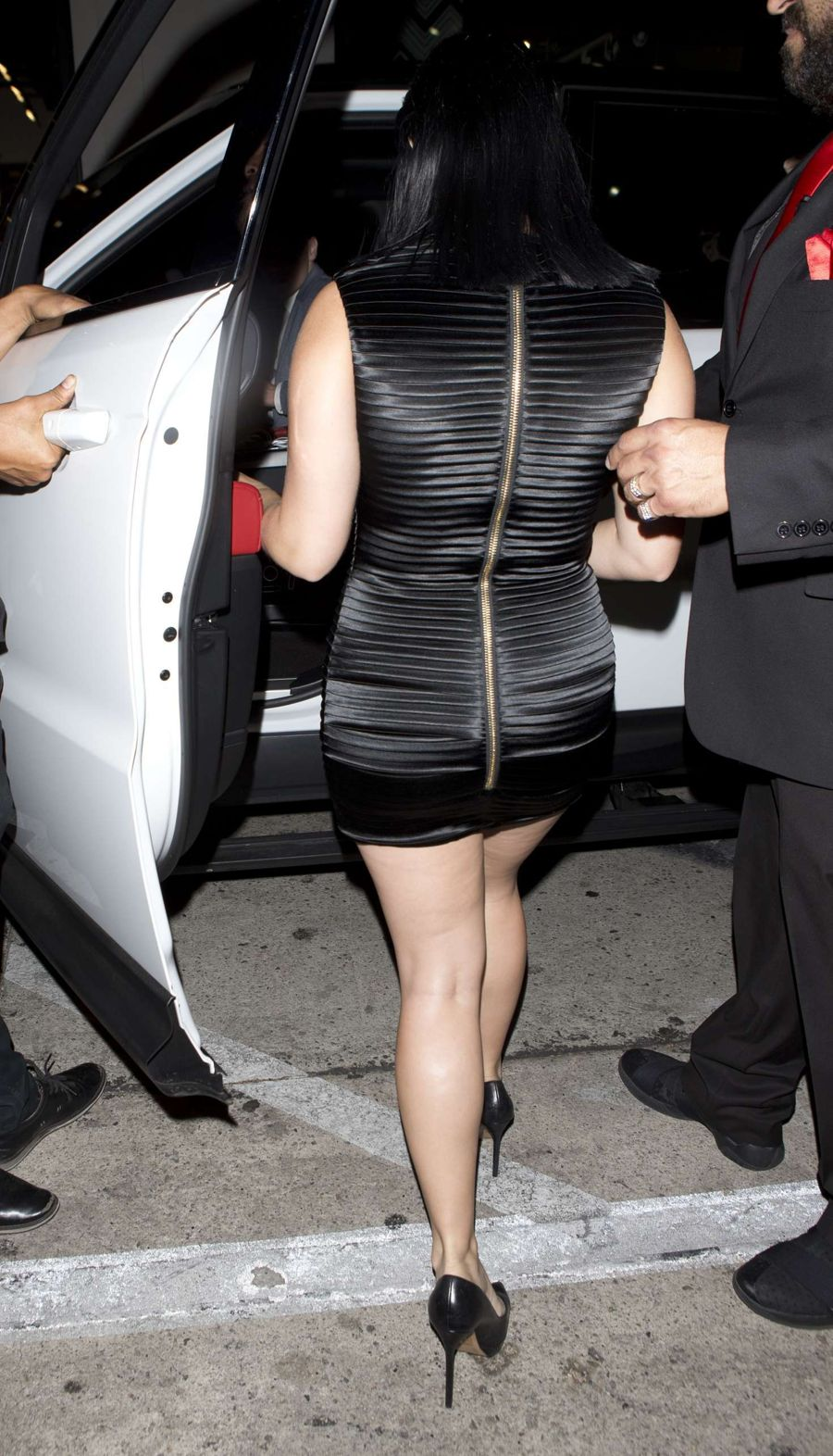Ariel Winter - Leaving Catch Restaurant in Hollywood