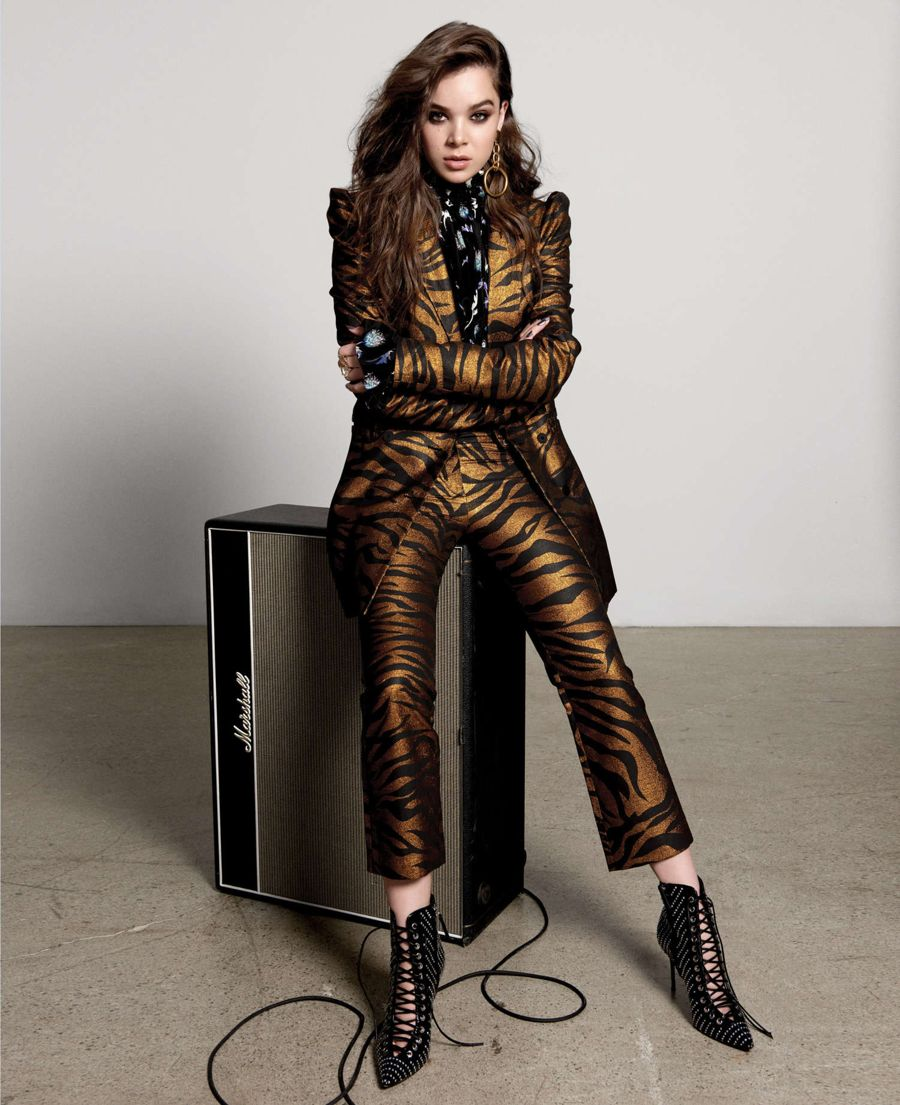 Hailee Steinfeld - Fashion Canada Magazine (Winter 2017)