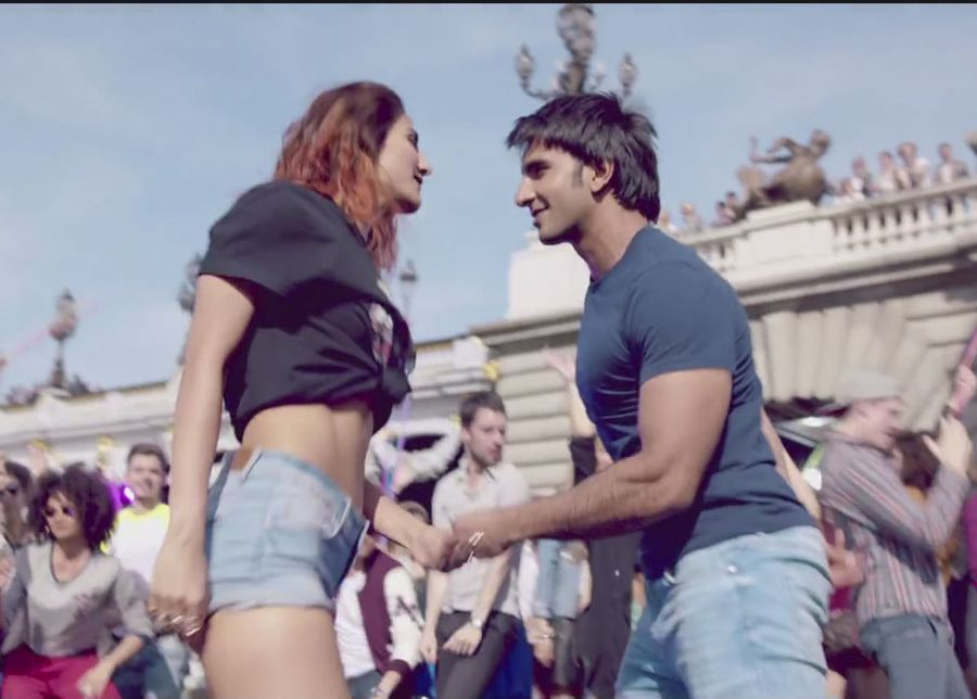 Vaani Kapoor and her Various Behind the Scenes in Befikre