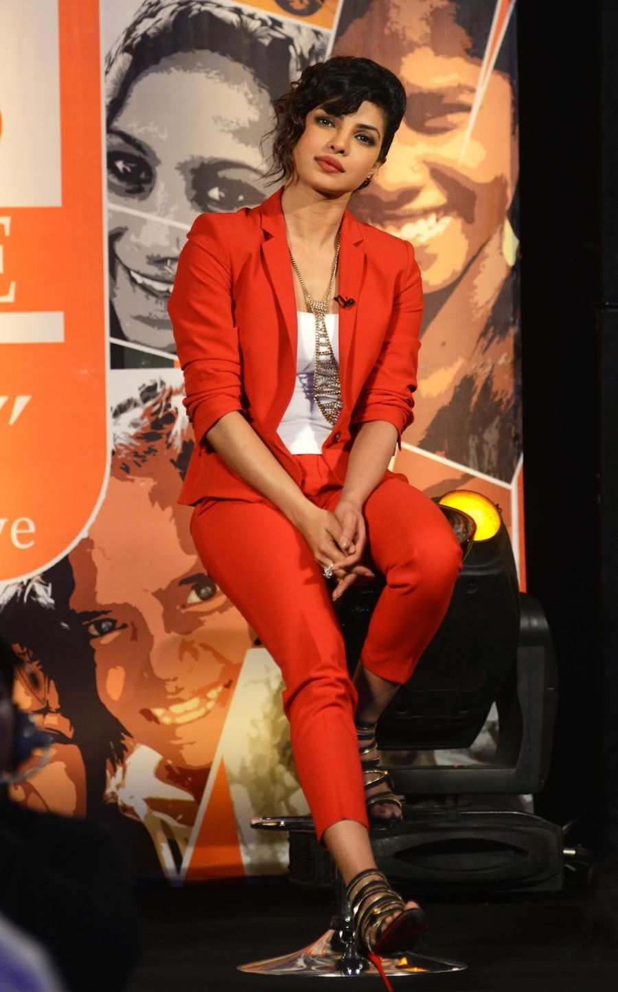 Priyanka Chopra Looks Super Hot In Red Suit