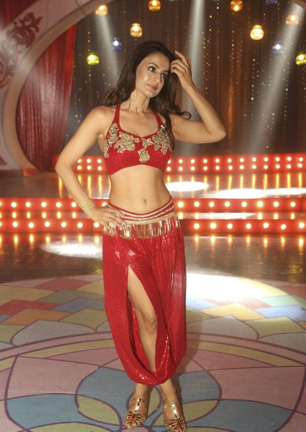 Amisha Patel Special Song From Akatai Photos