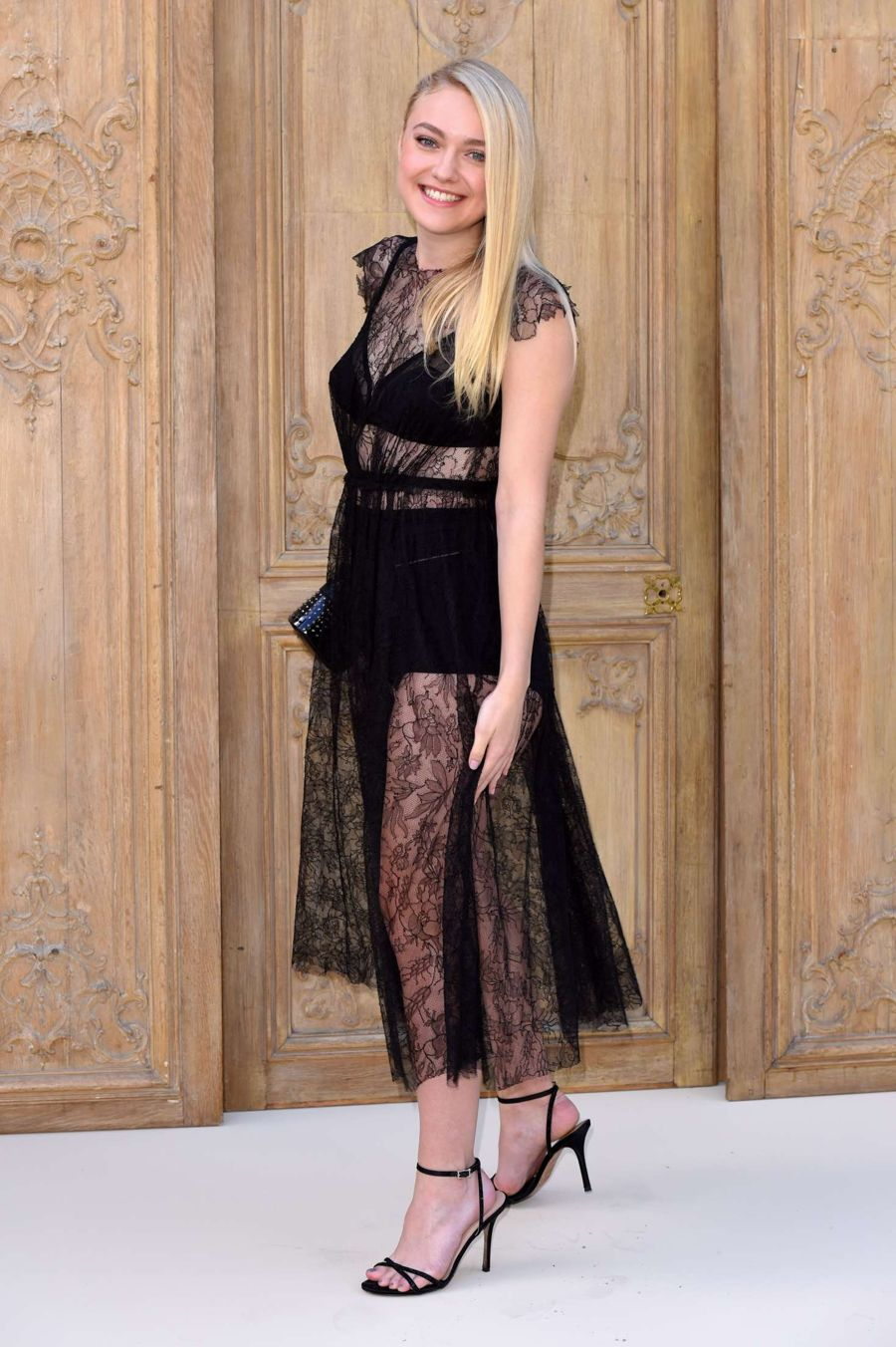 Dakota Fanning - Valentino Fashion Show SS17 in Paris