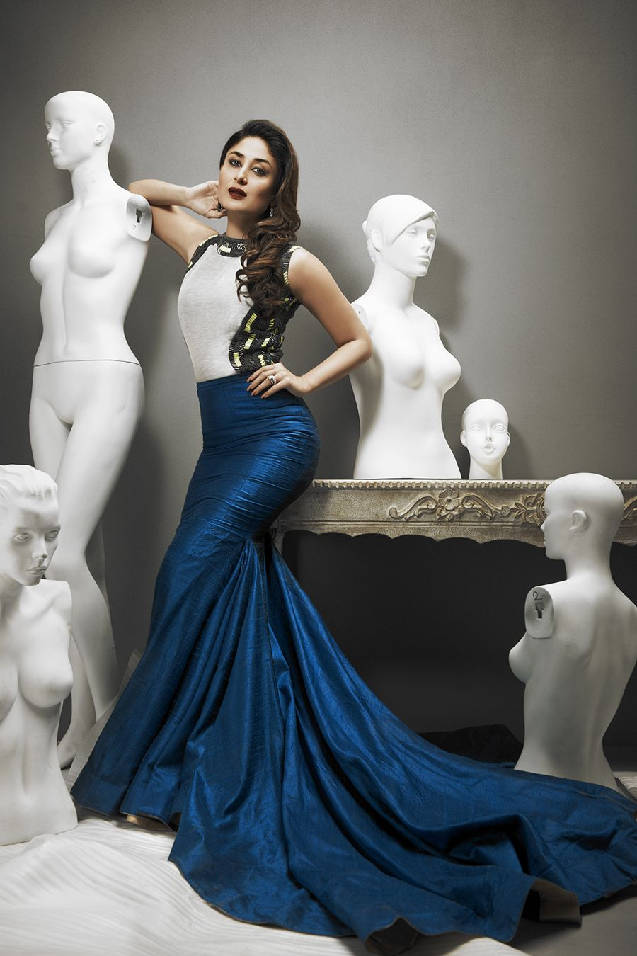 Kareena Kapoor is Royal in her Photoshoot