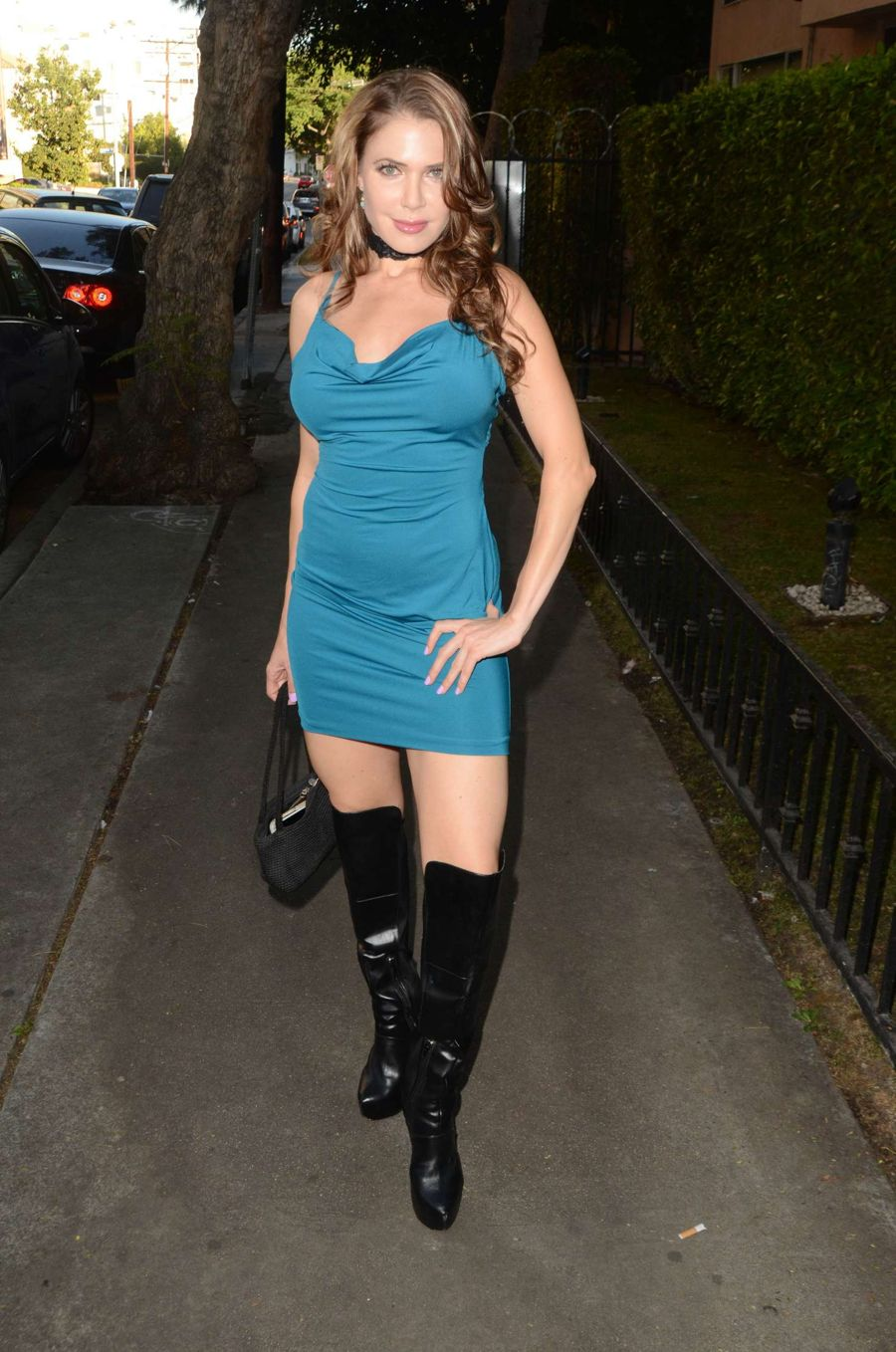 Especialmente Poner a prueba o probar Miedo a morir  Erika Jordan in Tight Blue Dress in Hollywood | Hollywood Celebs |  Fropky.com