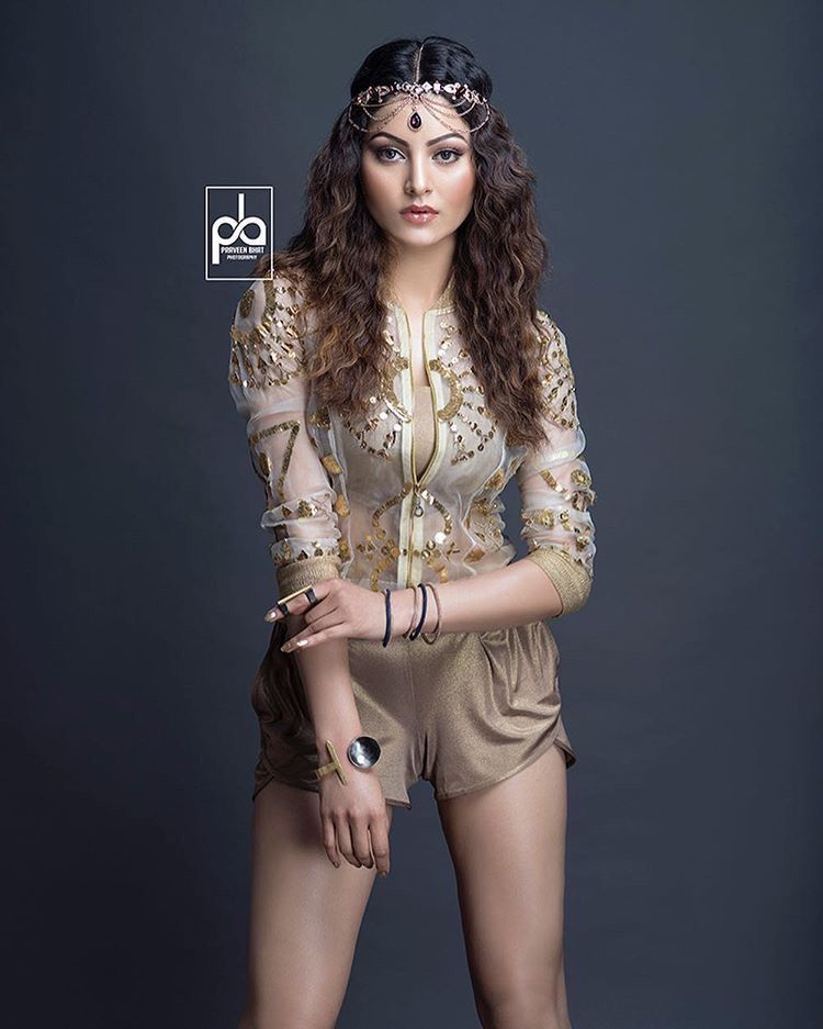 Urvashi Rautela clicked for GnG Magazine