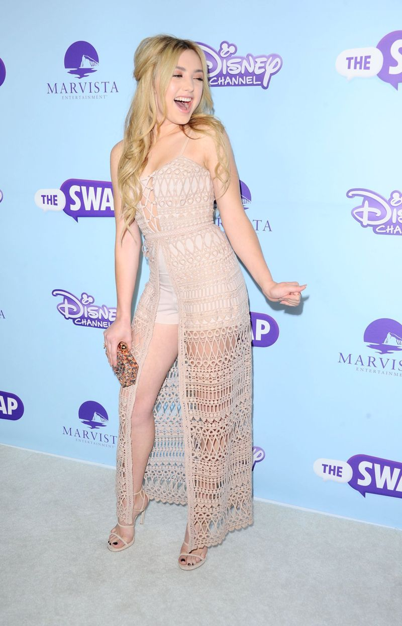 "Peyton Roi List - ""The Swap"" Premiere in Los Angeles"