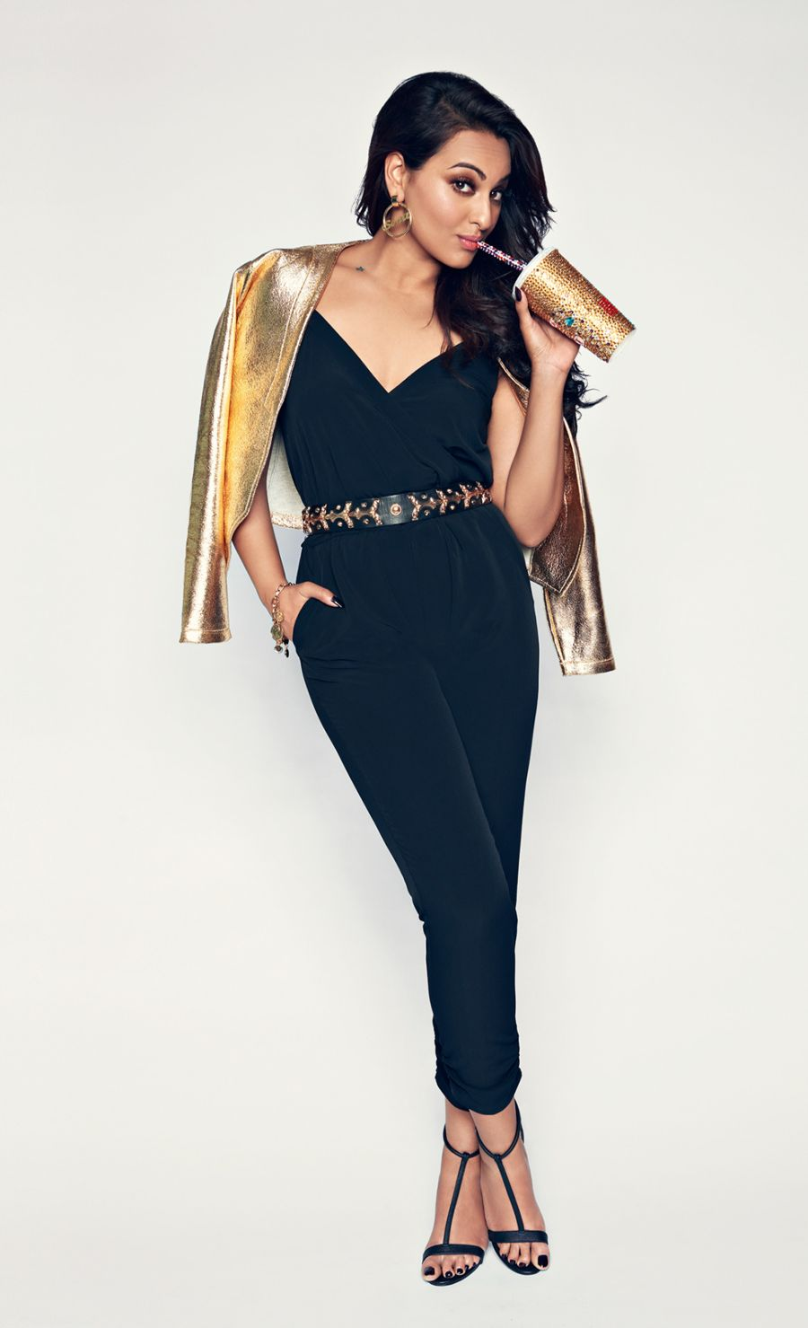 Sonakshi Sinha looking Classy during photoshoot