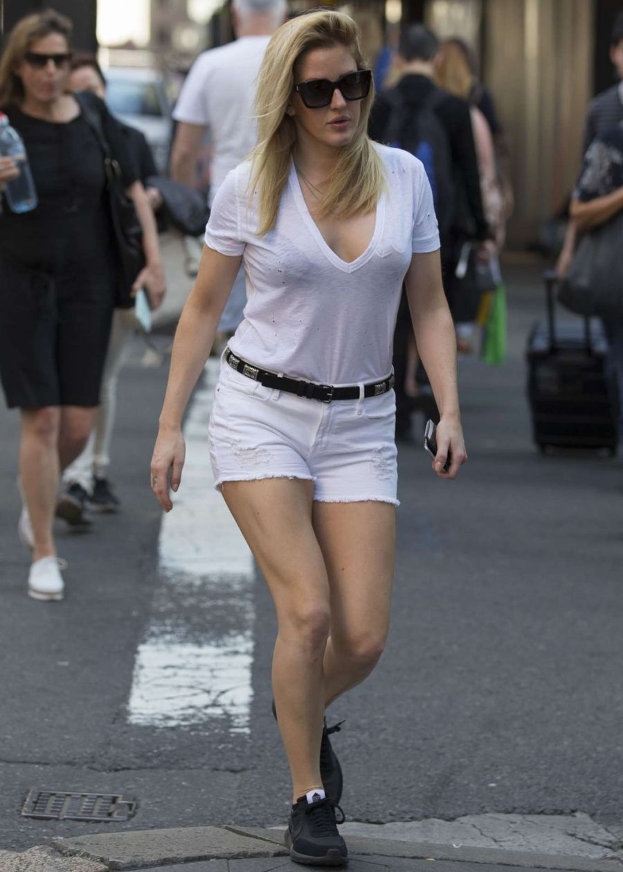Ellie Goulding teases in a White Shorts