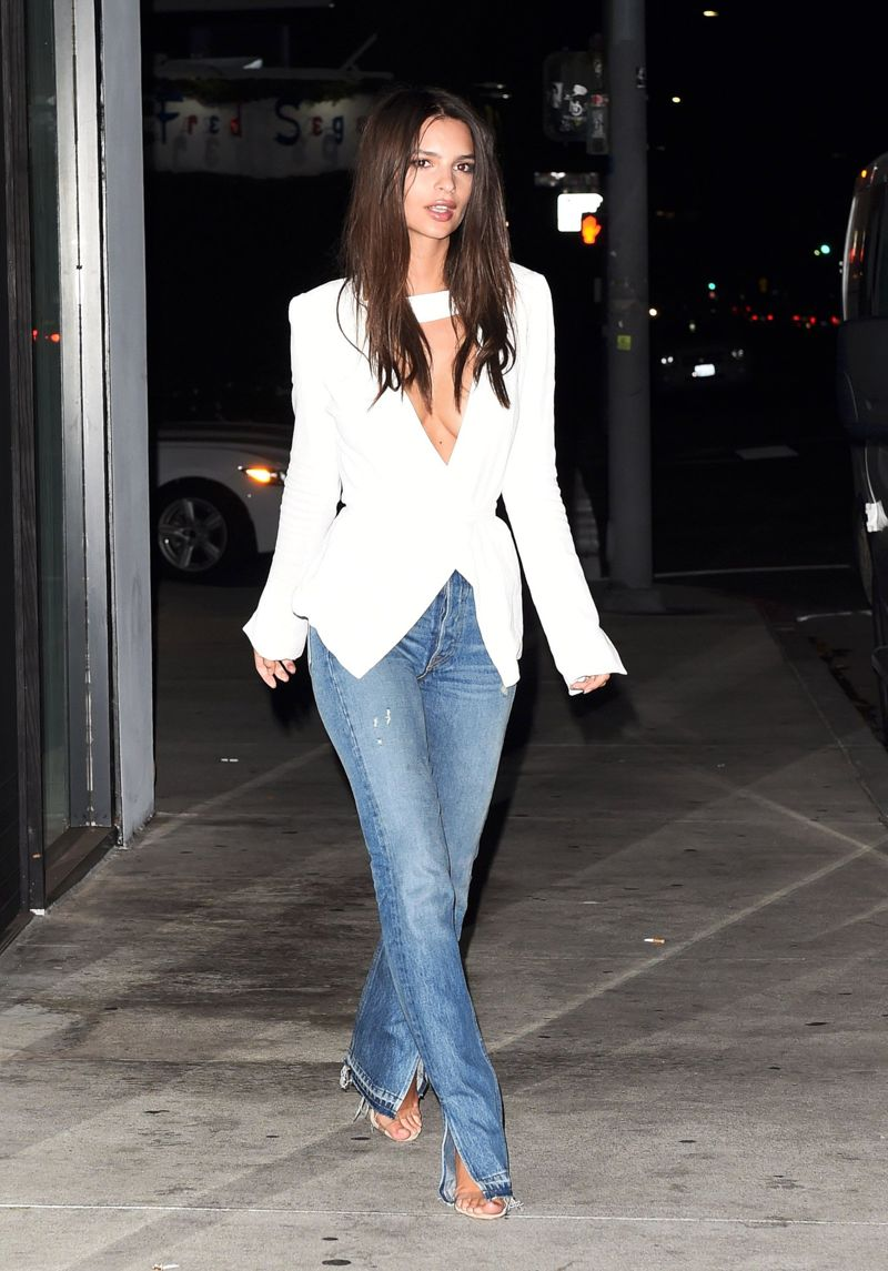 Emily Ratajkowski hits the town in Los Angeles