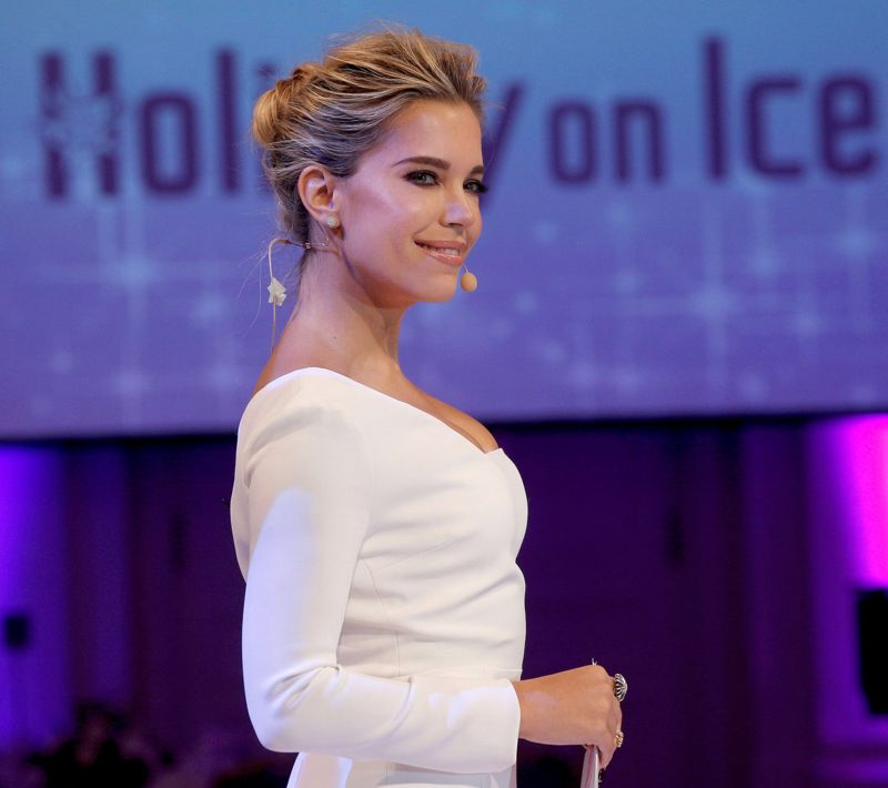 Sylvie Meis Holiday on ICE Gala in Hamburg
