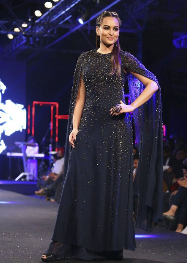 Sonakshi Sinha at Blenders Pride Fashion Tour 2016