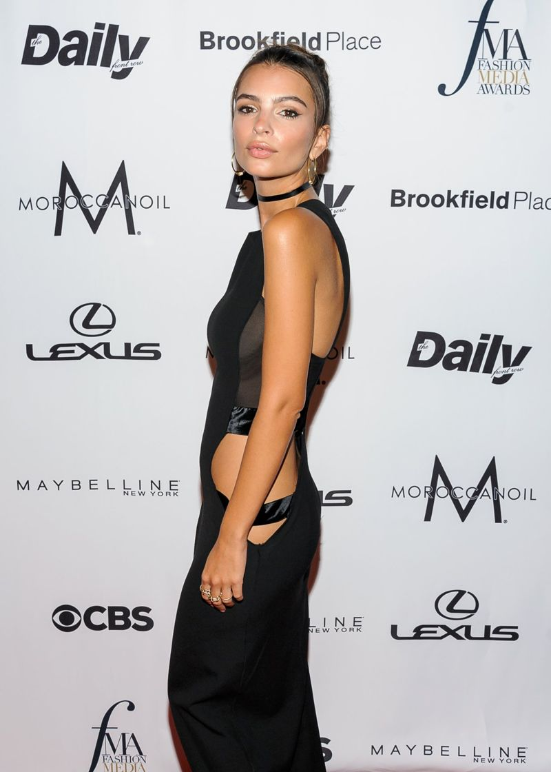 Emily Ratajkowski - Daily Front Row's Fashion Awards