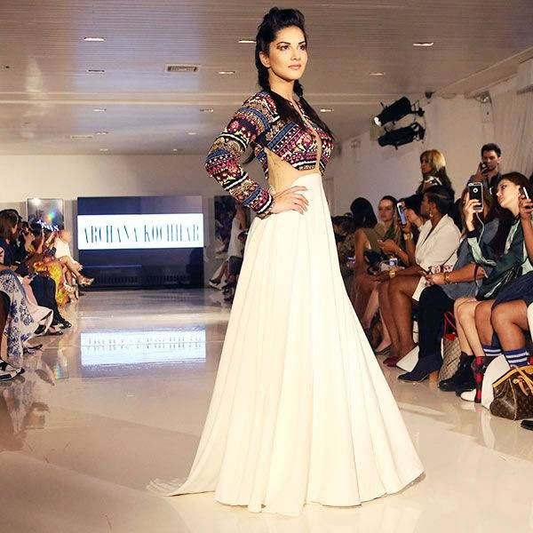 Sunny leone Walks for Archana kochhar during NY Fashion