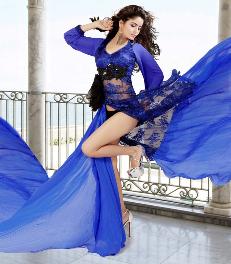Gehana Vashisht Poses for Shaan Banerjee
