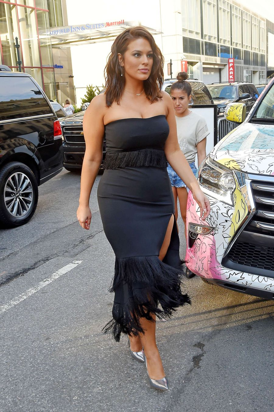 Ashley Graham - Jonathan Simkhai Fashion Show