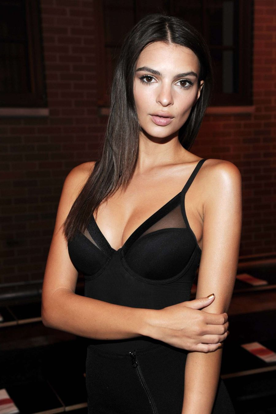 Emily Ratajkowski - D K N Y's SS 2017 Show in New York City