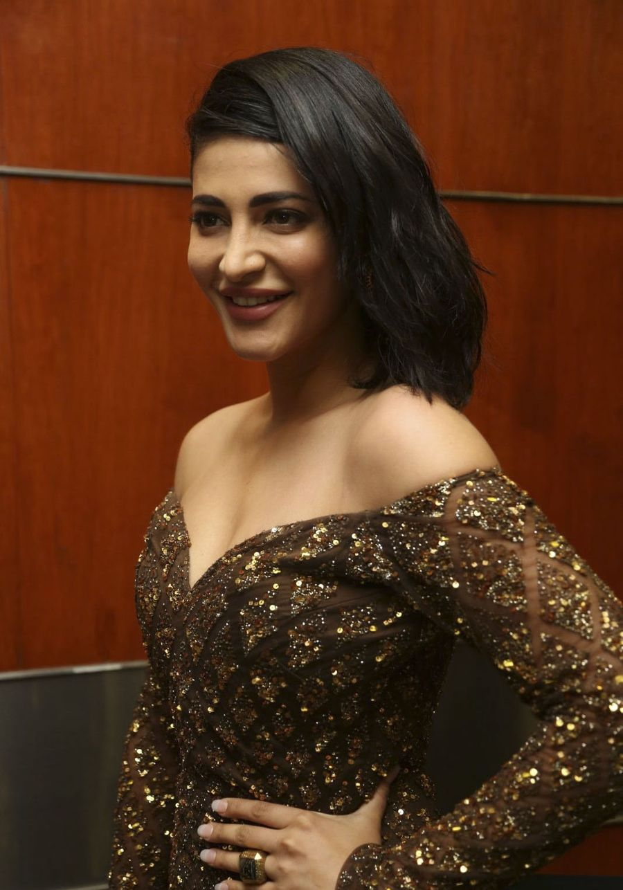 Shruti Hassan at Premam Audio Launch Photos
