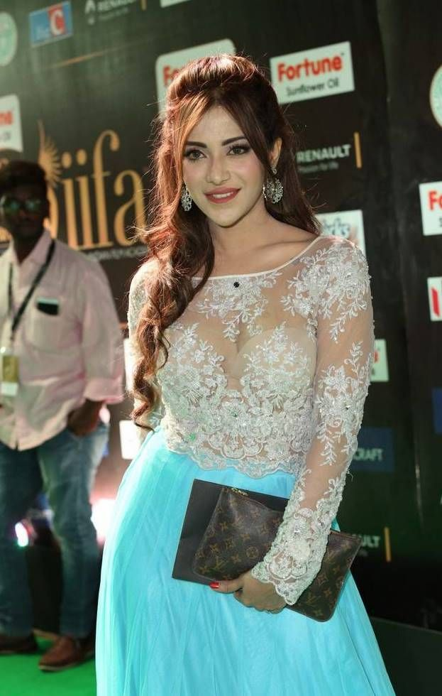 Angela Krislinzki at IIFA Utsavam Awards 2017