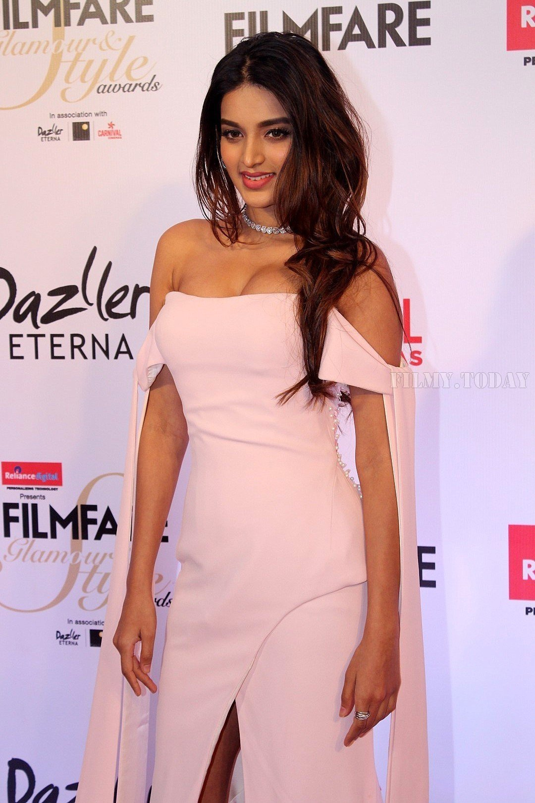 Nidhi Agarwal At Filmfare Glamour And Style Awards 2017