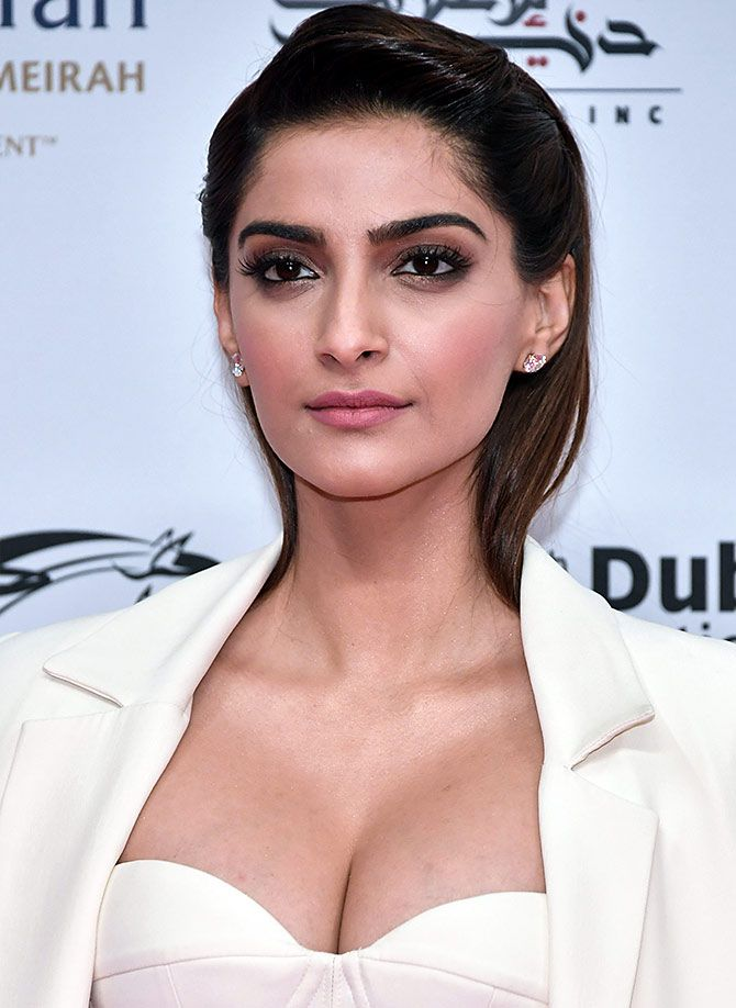 Sonam Kapoor at Dubai International Film Festival 2017