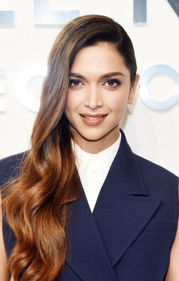 Deepika Padukone at New York Fashion Week Photos