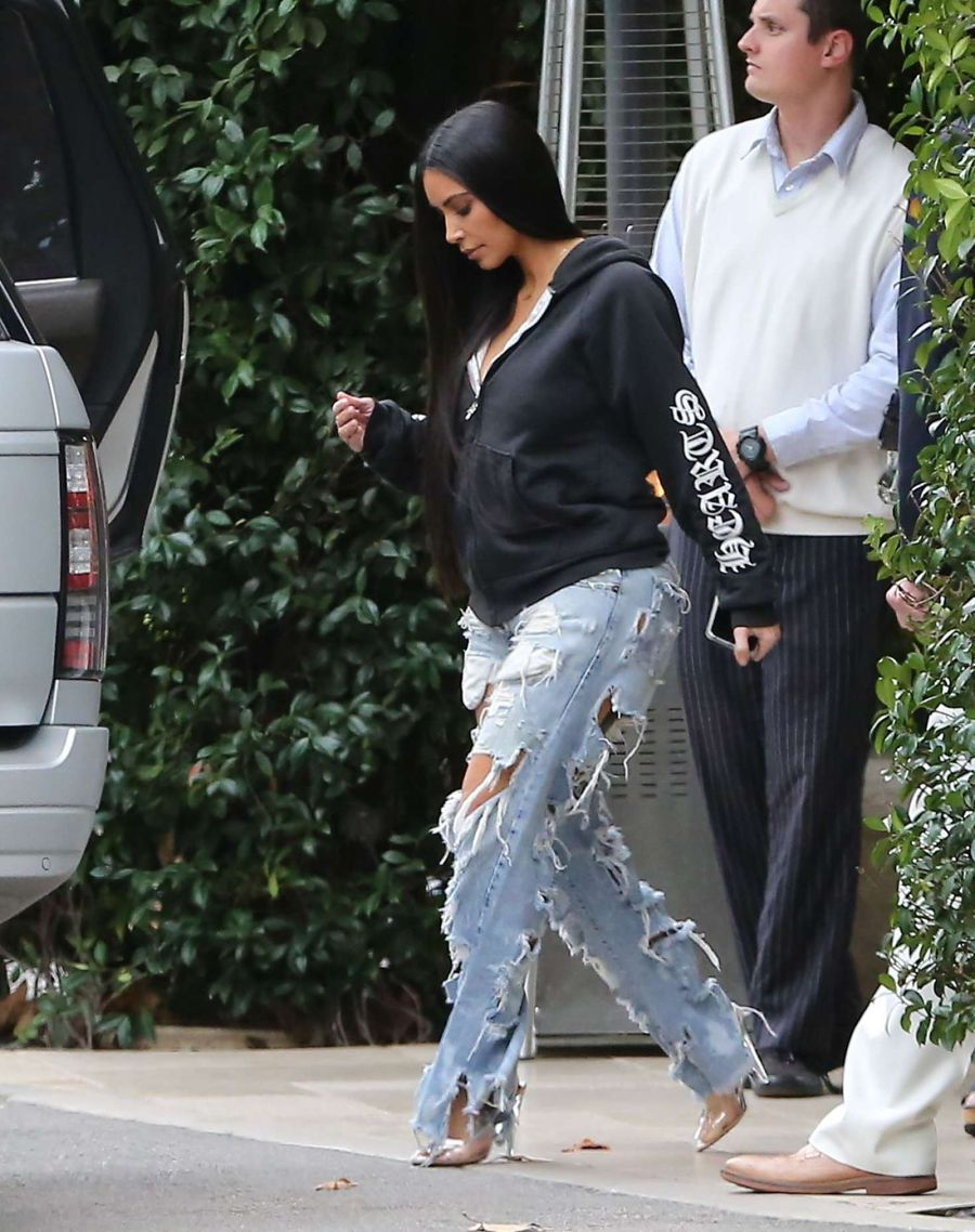Kim Kardashian in ripped jeans at the Bel Air hotel