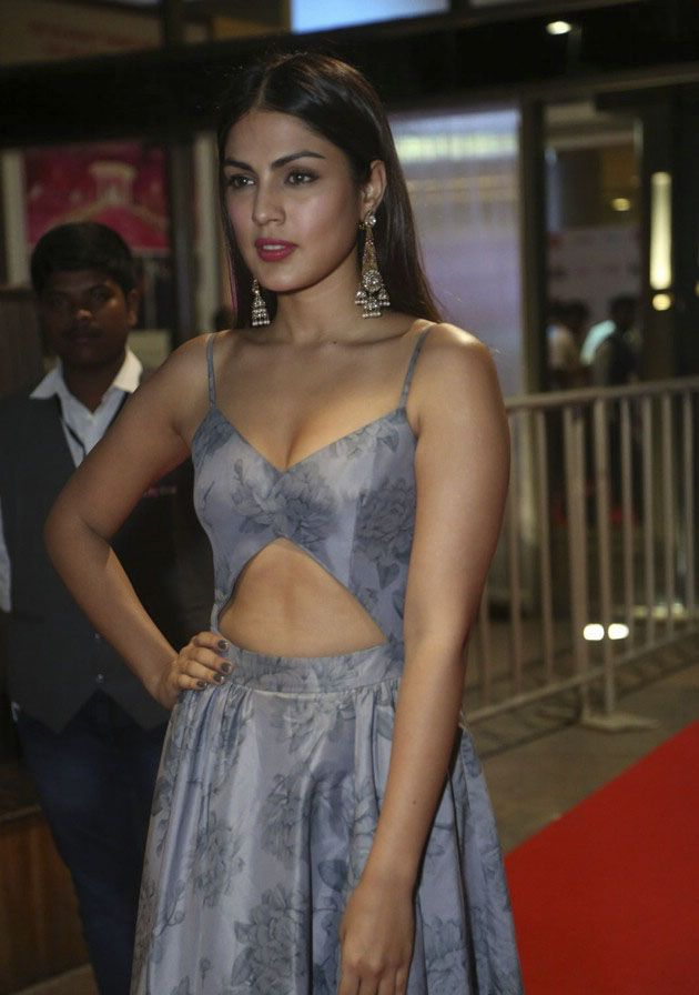 Rhea Chakraborty at Filmfare South Awards 2017