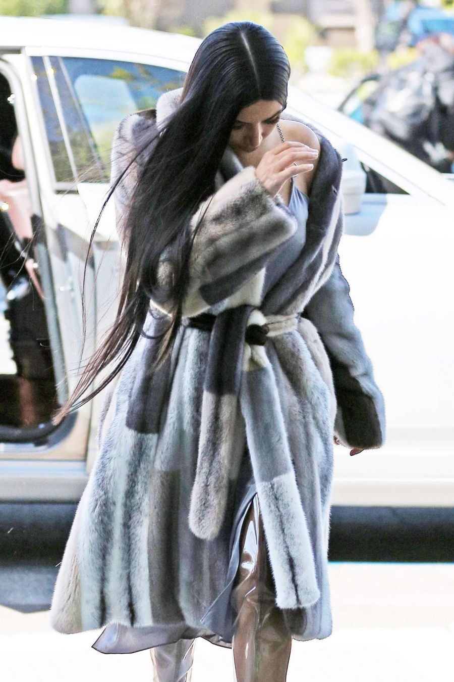 Kim Kardashian Arrives to the studio in Van Nuys