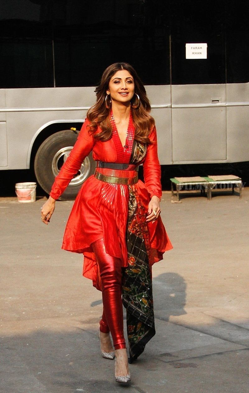 Shilpa Shetty at the Sets Of Super Dancer - Chapter 2 | Bollywood Celebs
