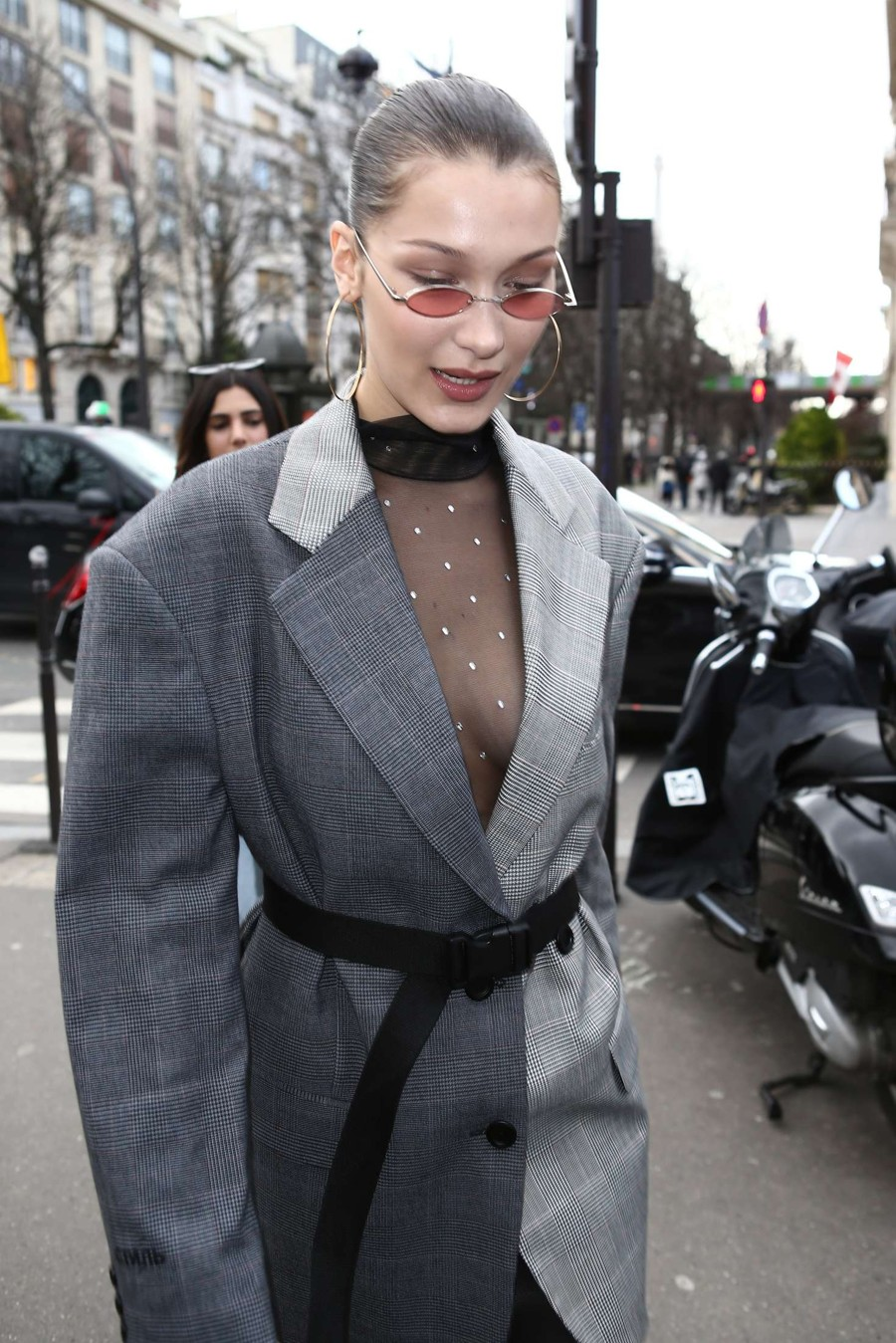 Bella Hadid wore an outfit that was Weird