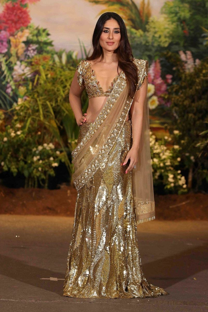 Kareena Kapoor at Sonam and Anand Ahuja Wedding Reception