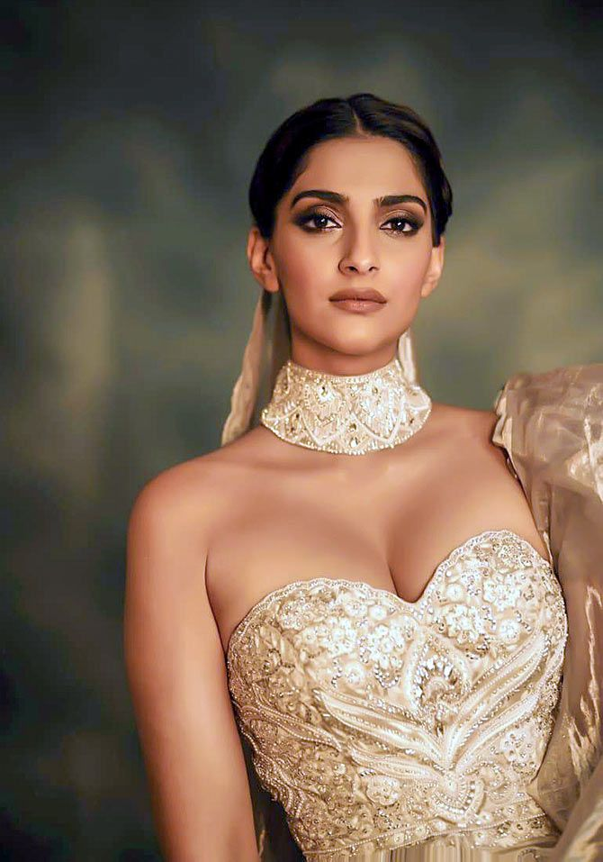 Sonam Kapoor at the Chopard La Nuit Des Rois dinner party