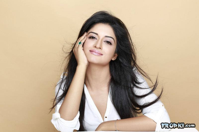 Vimala Raman Spicy Photoshoot