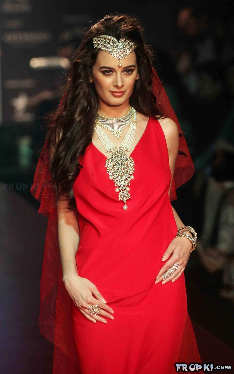 Gehna Jewels Show at IIJW 2013 Evelyn Shrma