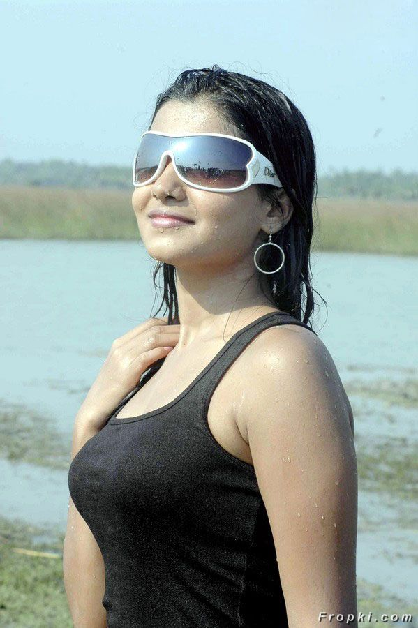 Tollywood Heroines Stylish Sunglasses Pics