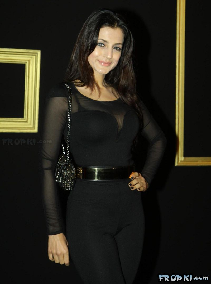 Deepika Padukone's Black & Gold Party