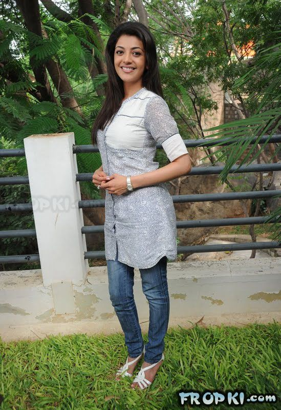 Kajal Agarwal Spicy Pics in Jeans