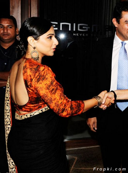 Celeb Trend: Ultimate Backless Sari Blouses