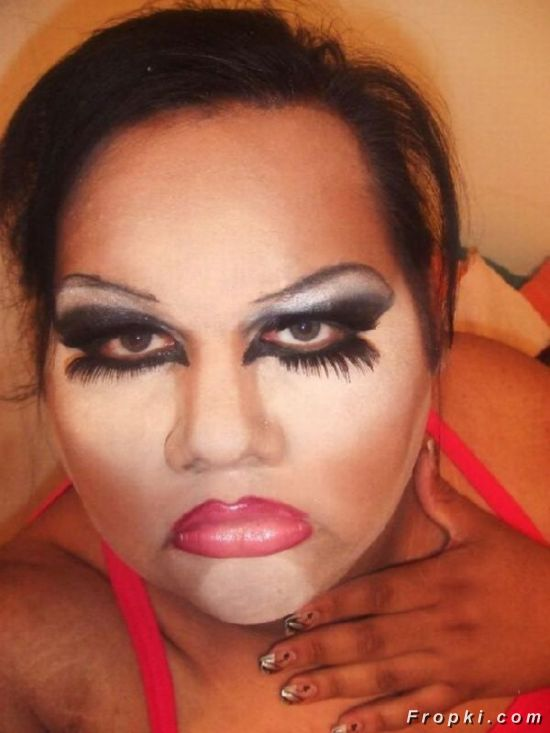 The Worst Makeup Fails Of All Time - Page 13