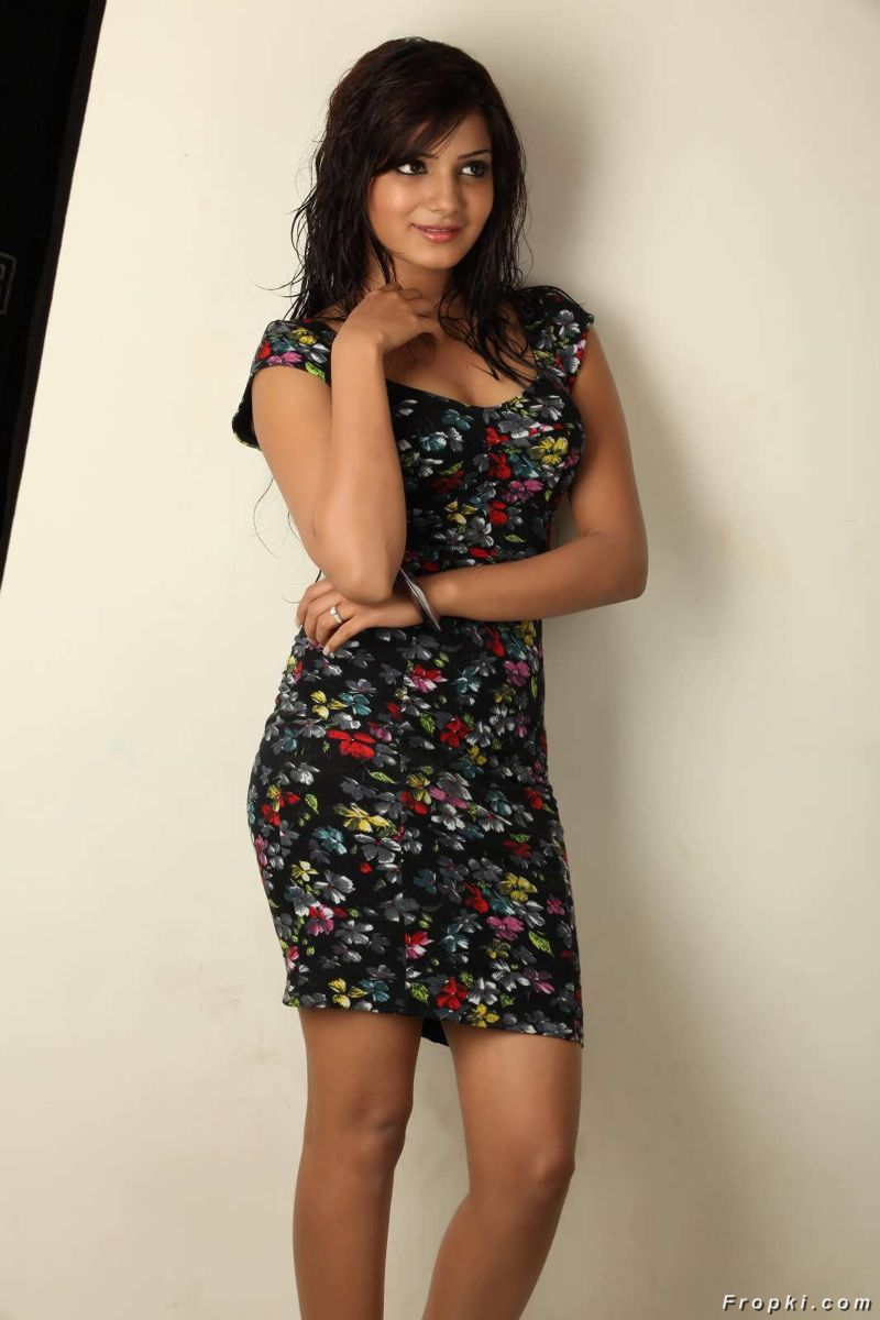 Actresses In Floral Wear