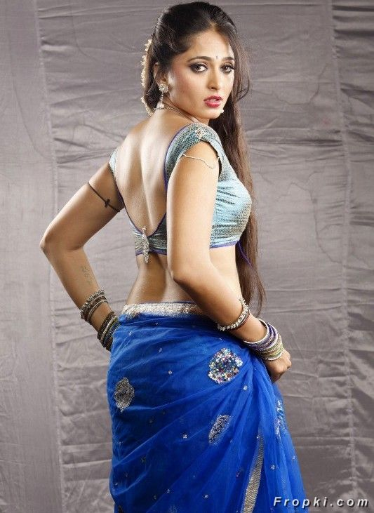 Tamil Actresses Sizzles in Blue Dresses